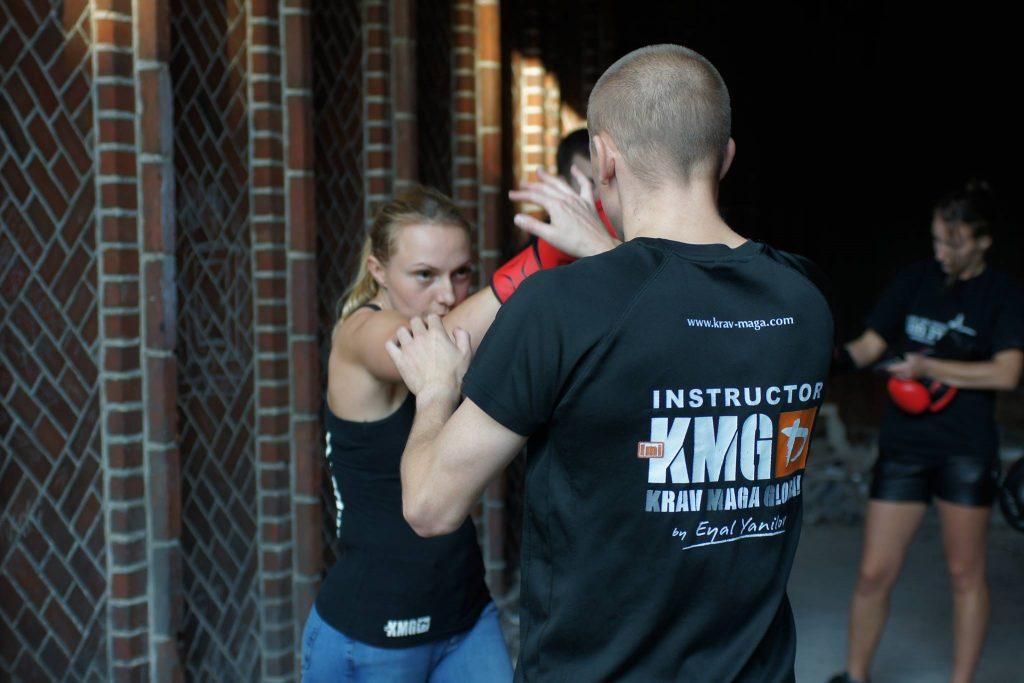 treningi-personalne-krav-maga-legnica-be-safe-adam-grzeziolkowski-israeli